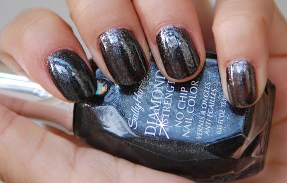 Sally-Hansen-Diamond-Strength-Black-Diamonds Sally Hansen - Diamond Strength