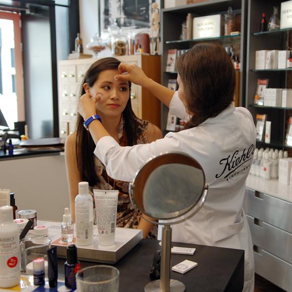 avatar-Kiehls-Afaaf-skin-consulation Een bezoekje aan de Kiehl's shop in Amsterdam