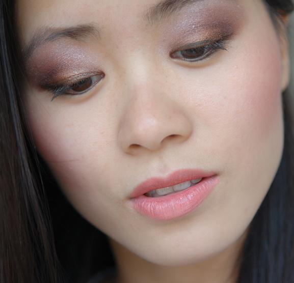 vera-valenti-eyelook-my-huong Vera Valenti Oogschaduw palette