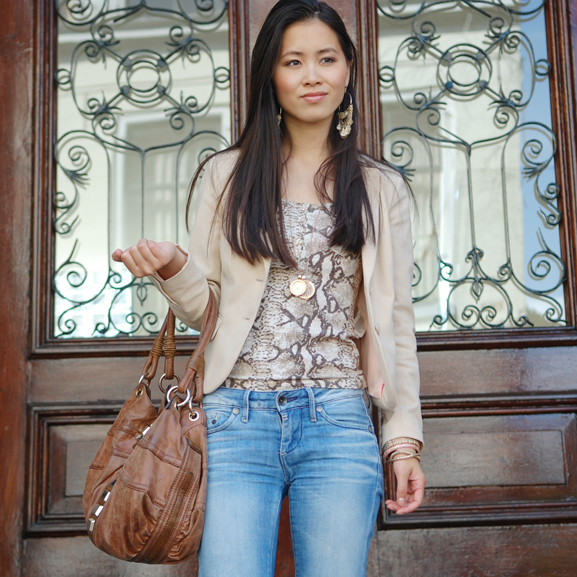 My-Huong-Guess-tas-mi-moneda-hm-outfit Outfit: Snake meets beige