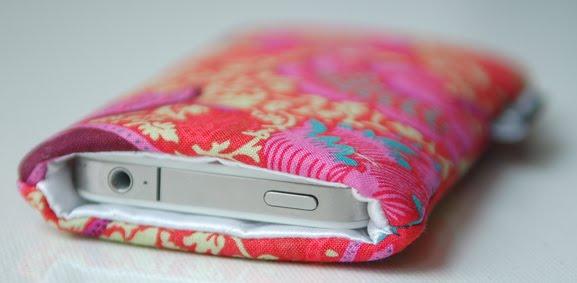 iphone-case-pink-sleeve-Sac-colore.nl-bestellen Fashionable tablet & telefoonhoesje van Sac Coloré