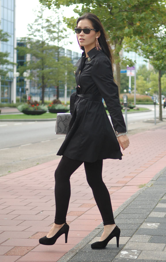 my-huong-outfit-black-trenchcoat-hm-fashion-looks Outfit: The blue dress