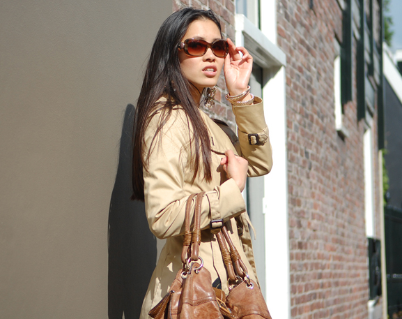 my-huong-outfit-look-trenchcoat Outfit: Snake meets beige