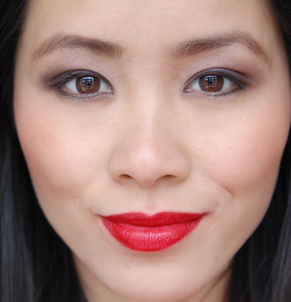 111-rimmel-matte-lipstick-red-lips Rimmel Kate Moss Lasting Finish Matte Lipstick