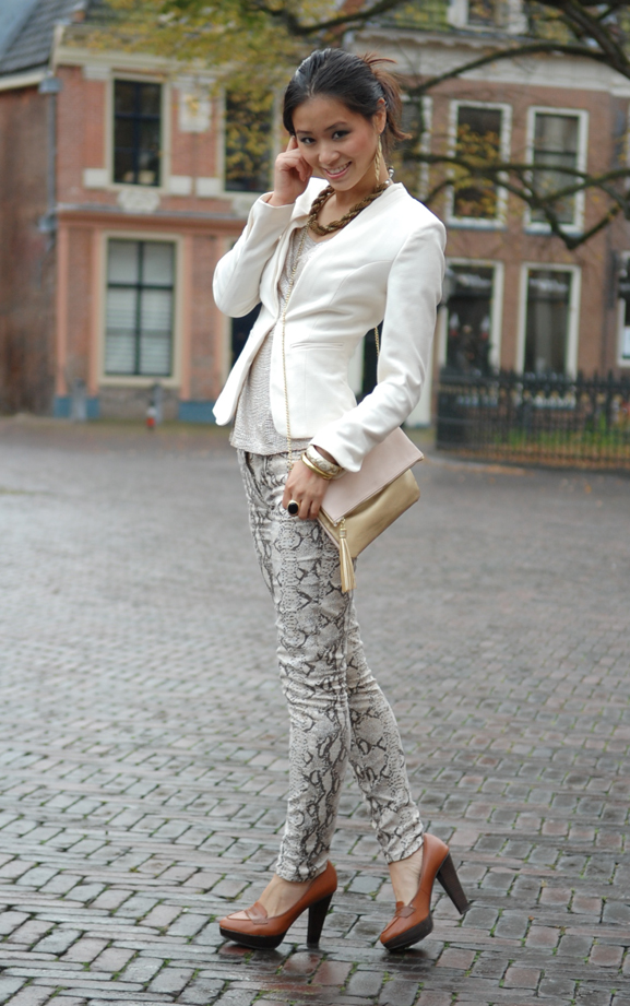 my-huong-slangenprint-broek-goud-combineren-fashion My outfits for 7 days