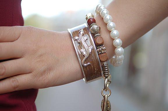 sal-y-limon-bracelet-leguaan-autumn-2012 Outfit: Style in Burgundy