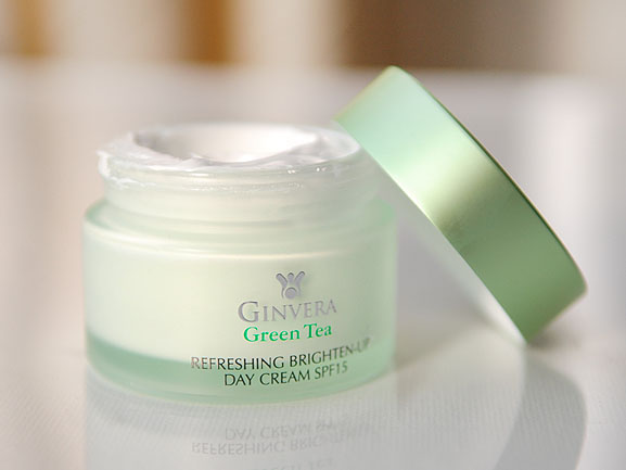 Ginvera-Green-tea-Refreshing-brighten-up-day-cream-spf15 Ginvera Green Tea Skincare