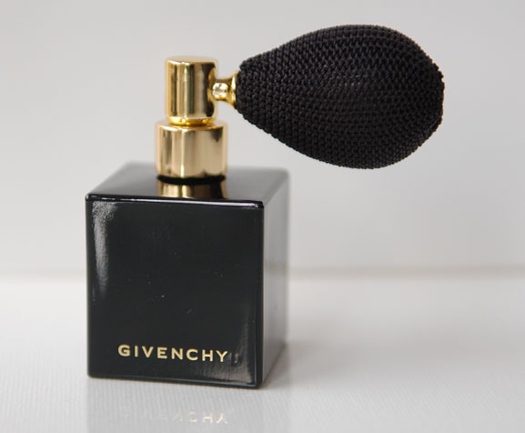 Givenchy-Largent-celeste-Lor-Celeste-sterren-poeder Givenchy Contes de Noël Christmas Follow-Up