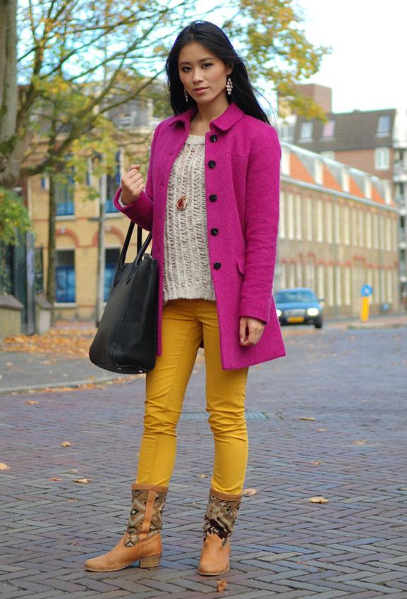 My-Huong-autumn-look-herst-okergeel-broek-paarse-jas-hm-trui-kleur Outfit: colorblocking autumn