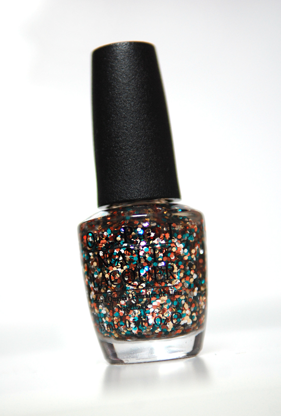 opi-skyfall-the-living-daylights OPI Skyfall nagellak collectie