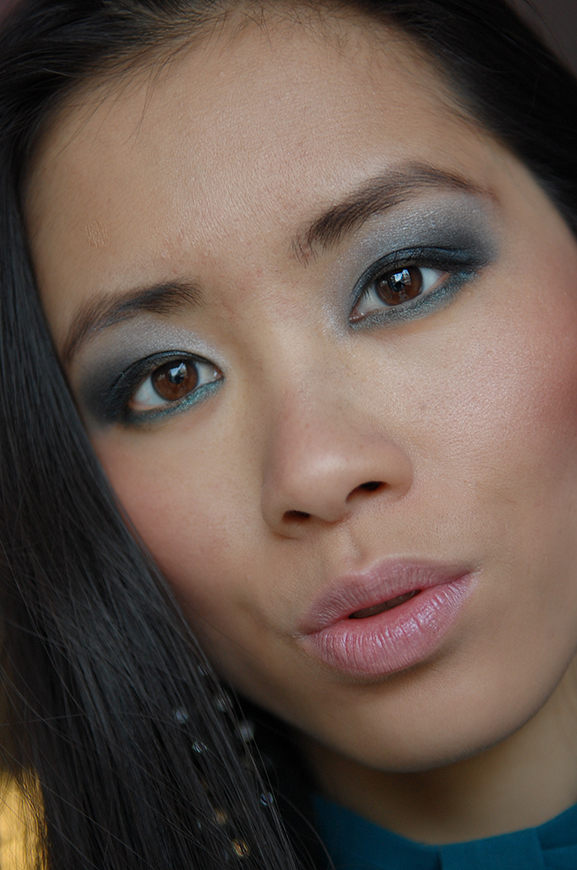 My-Huong-blauw-blue-deep-blue-eyes Smokey Blue Eye Look