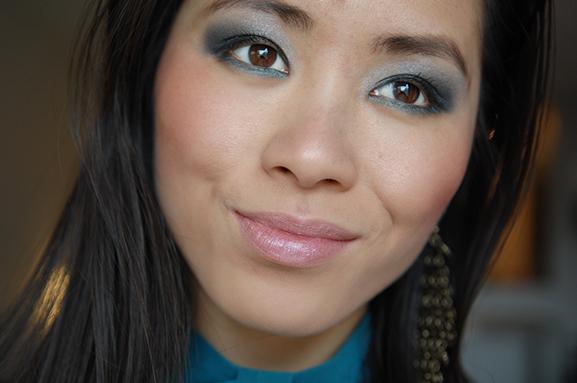 my-huong-look-face Smokey Blue Eye Look