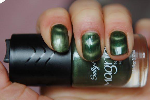 sally-hansen-electric-emerald Sally Hansen Magnetic Nail Color