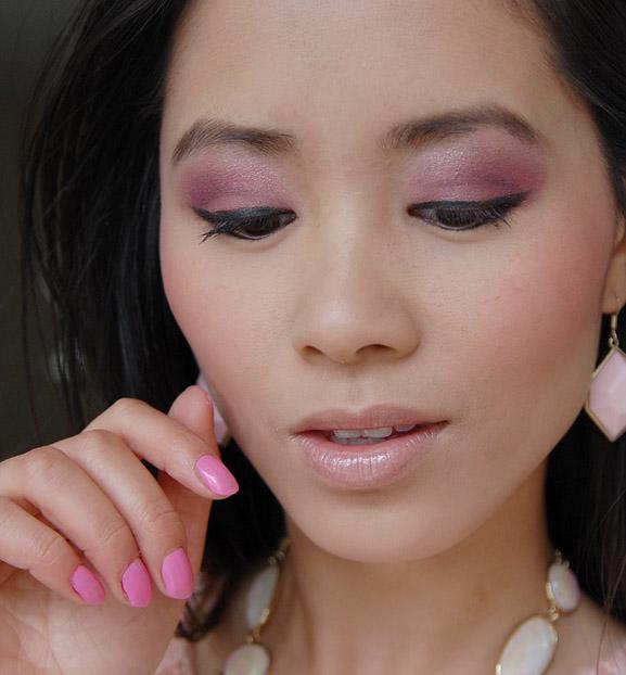 my-huong-howto-use-pink-eyeshadow-look-smokey-pink Make-up looks van 2012