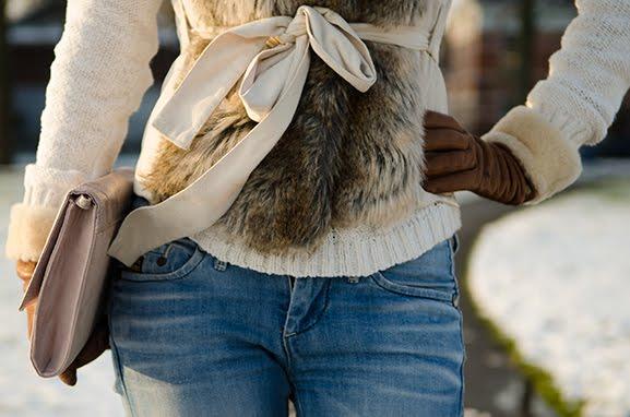 Bontje-faux-fur-my-huong-outfit Outfit: Faux Fur