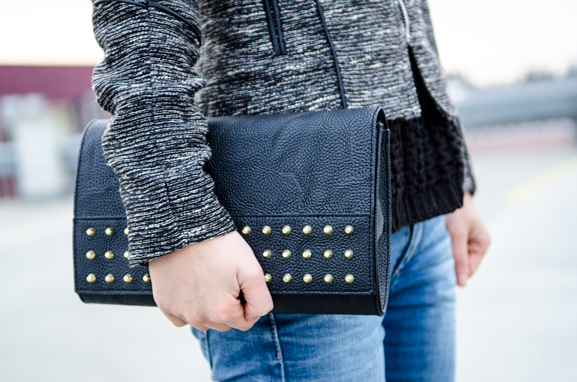Outfit-of-the-day-clutch-jeans-tweed-jack Supertrash regenlaars