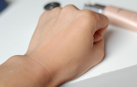 Swatch-Dior-Review-Skin-nude DiorSkin Nude BB cream