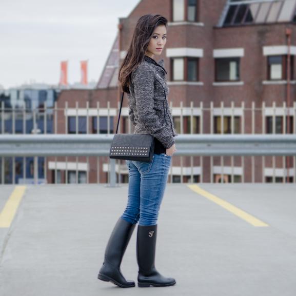 my-huong-Outfit-supertrash-laarsjes-boots-studs-clutch-laarzen-tweed-blush Supertrash regenlaars