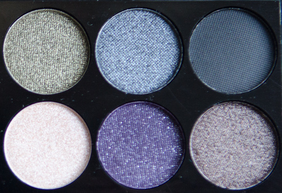 Showtoppers-deel-2-eyeshadow-pigment Sleek Showstoppers i-Divine Palette