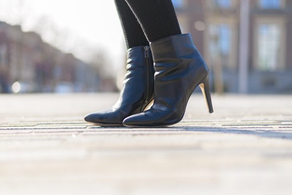 Ankle-boots-Black-leather OUTFIT: The striped dress