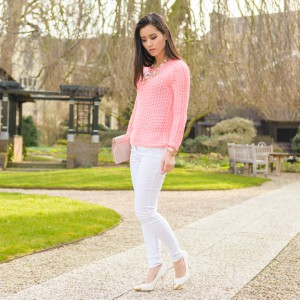 Koraal-roze-truitje-hm-pointed-heels-white-spring-outfit-my-huong-300x300 Outfit: Koraalroze trui