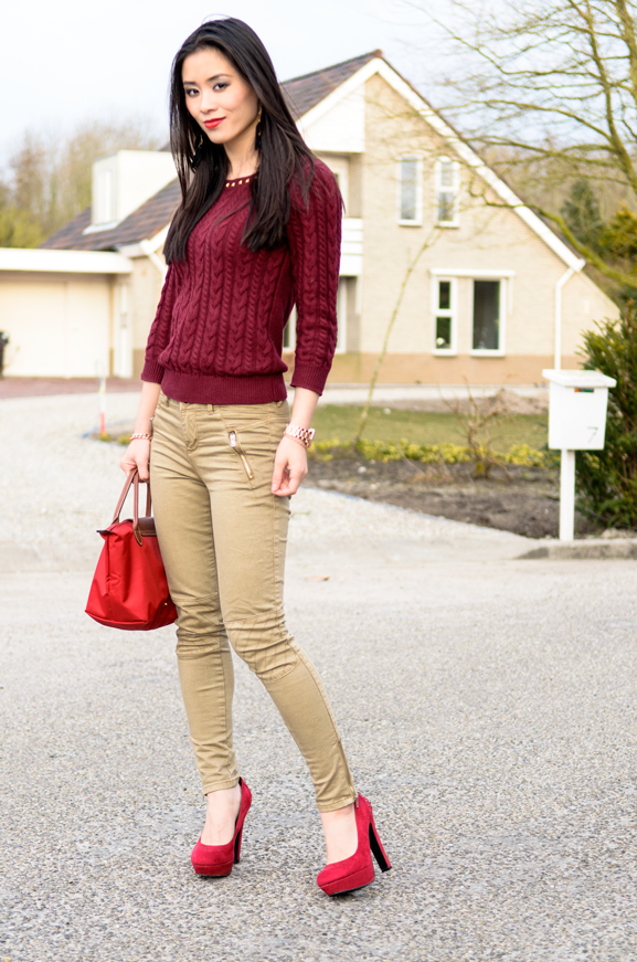 Miss-roberta-Red-Look-outfit-Burgundy-style Outfit: Lady in Red