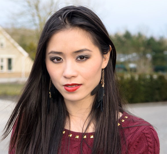 My-Huong-Makeup-Look Outfit: Lady in Red