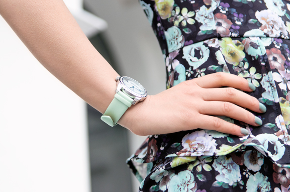 Pastel-Flower-Dress-Italian-Watch-Green OUTFIT: Pastel Floral Peplum Dress