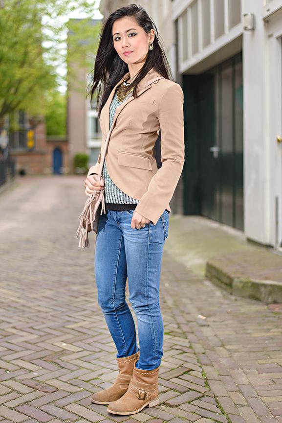 Casual-Boots-By-Miss-Roberta Outfit: Casual look met leder bruine laarsjes van Miss Roberta