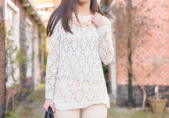 Mango-sweater Outfit: Floral pastel