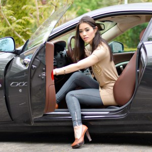 Maserati-GranTursmo-Outfit-JoshV-jurkje-look-300x300 Outfit: JoshV jurkje met de Maserati GranTurismo