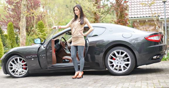Maserati-Grandturismo-S-Sportprice-mc Outfit: JoshV jurkje met de Maserati GranTurismo