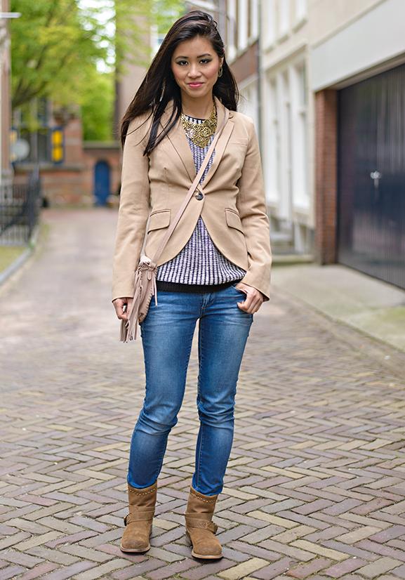 My-Huong-Casual-outfit-jeans-Miss-Roberta Outfit: Casual look met leder bruine laarsjes van Miss Roberta