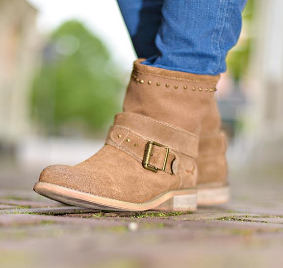 Voorjaar-Zomer-Laarsjes-Miss-Roberta-Canvas-Boots Outfit: Casual look met leder bruine laarsjes van Miss Roberta