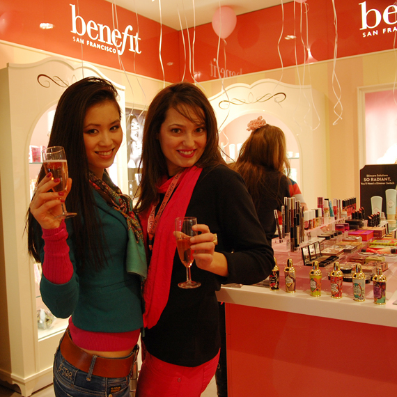 benefit-douglas-den-haag About