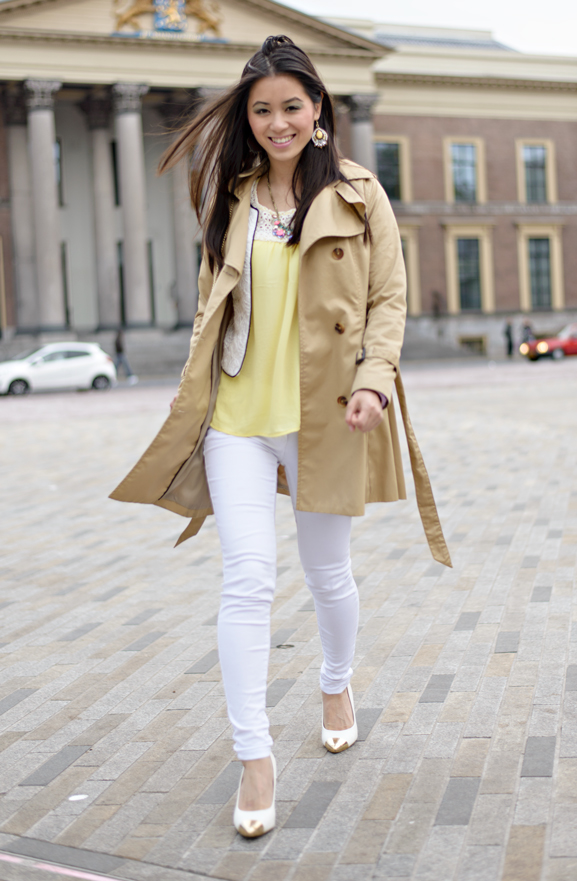 my-huong-trenchcoat-zaailand-geel-yellow-pointed-heals Outfit: Yellow vs. White