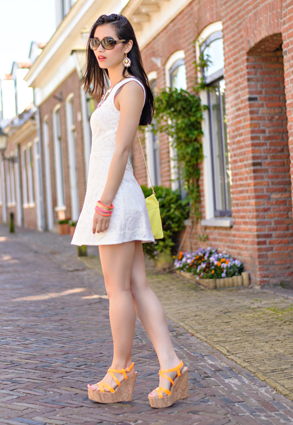 Miss-Roberta-Shoes Outfit: The white lace dress