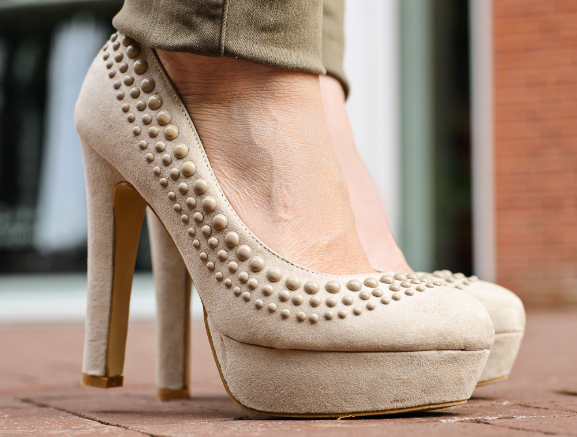 Miss-Roberta-studs-Pumps-heels Outfit: Burberry Blouse