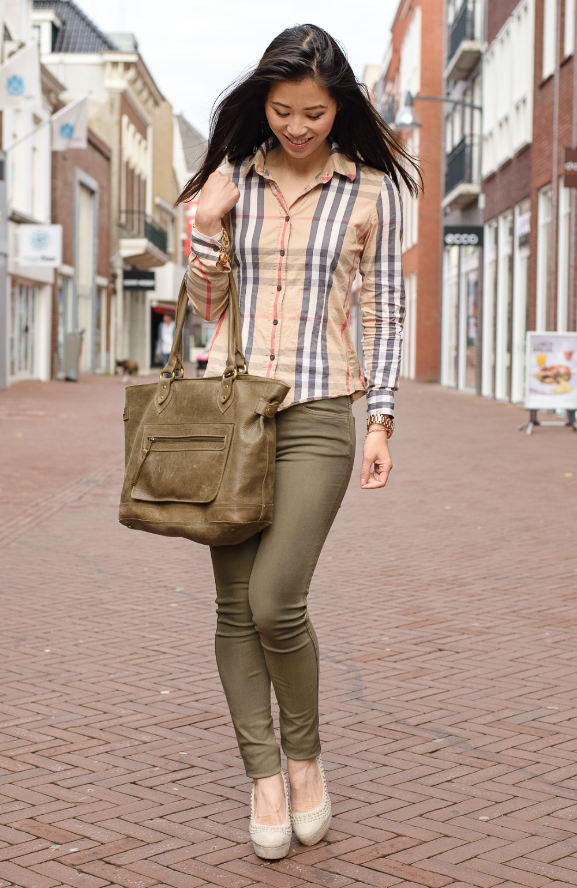 My-Huong-outfit-The-Beauty-Musthaves Outfit: Burberry Blouse