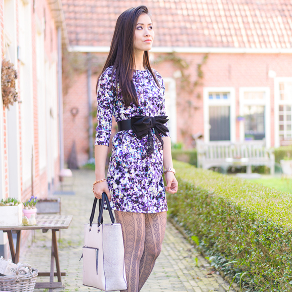 floral-dress-outfit-vet-sexy-look-foto Outfit: Floral Purple dress