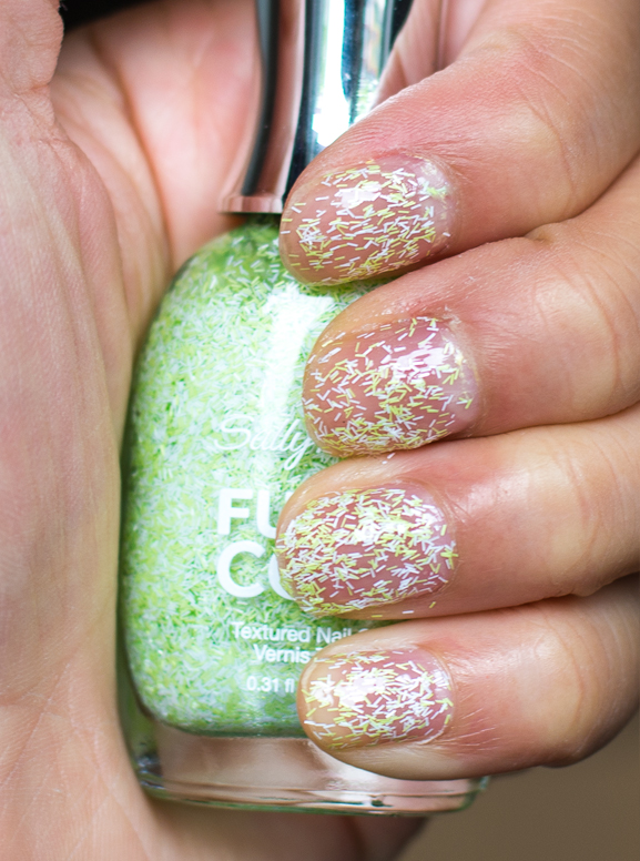 600-fuzzy-fantasy-sally-hansen-Fuzzy-coat Sally Hansen Fuzzy Coat