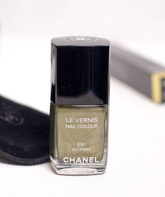 Le-vernis-chanel-nail-color FOLLOW UP: Chanel Superstition herfstcollectie 2013
