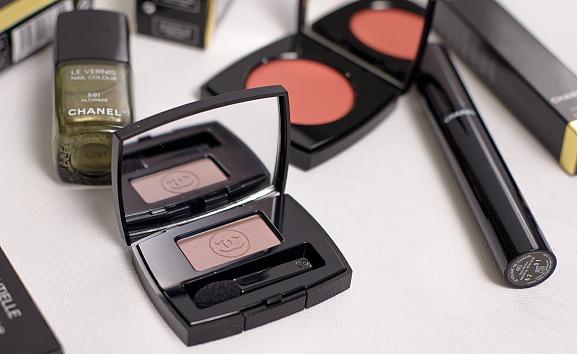 Mono-eyeshadow-hasard FOLLOW UP: Chanel Superstition herfstcollectie 2013