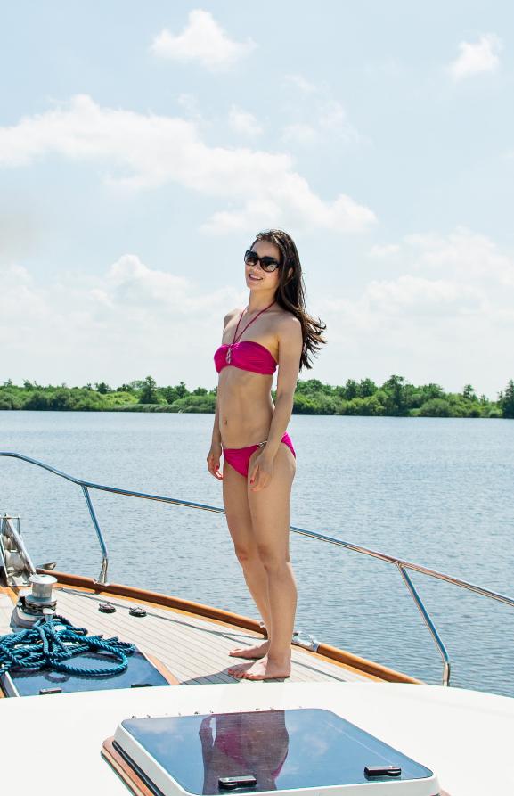 My-Huong-Boot-Baku-Bikini Outfit: Summer day at the boat