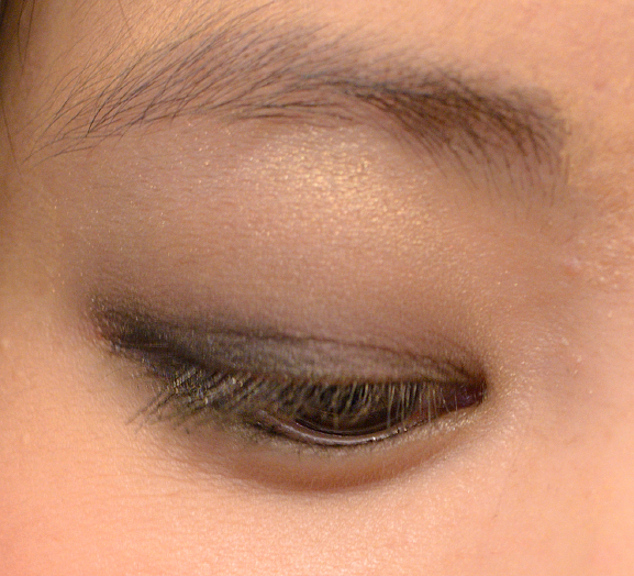 Ombre-hasard-chanel-mono-eyeshadow-swatch FOLLOW UP: Chanel Superstition herfstcollectie 2013