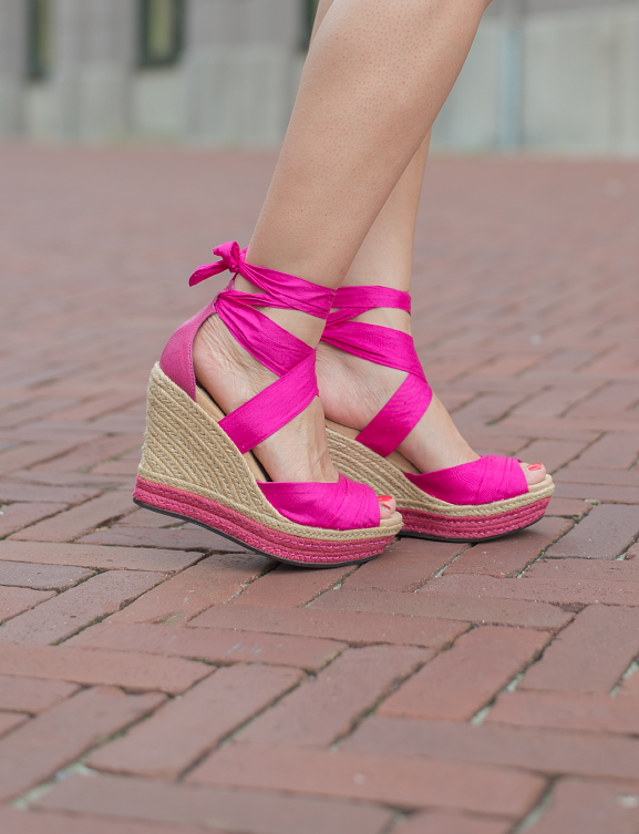 Pink-wedges-lucianna Oufit: Romantic White with Pink