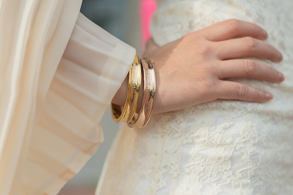 Speechless-bracelets-outfit-dress Oufit: Romantic White with Pink