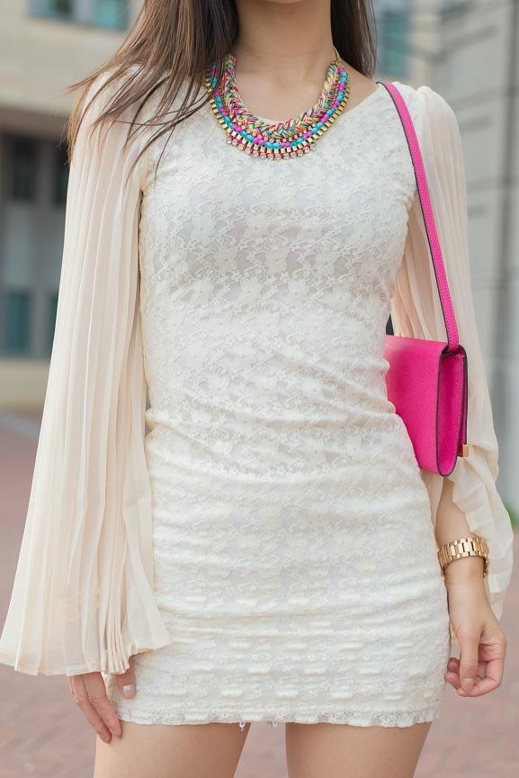 dress-kanten-jurkje-michael-kors-clutch-pink Oufit: Romantic White with Pink