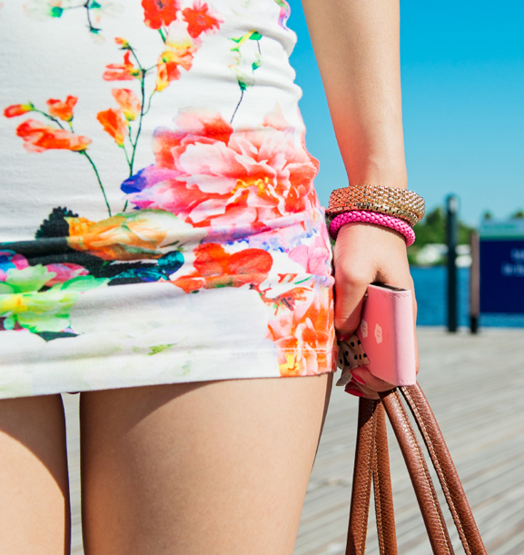 jurk-roses-dress-my-huong Outfit: Summer day at the boat