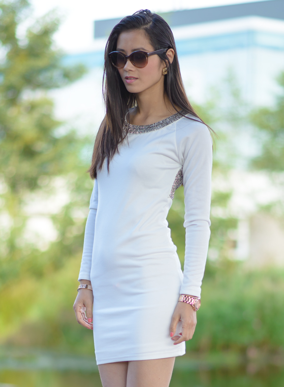 Vera-wang-sunglasses-and-nelly-party-dress-white Outfit: wit cocktail jurkje